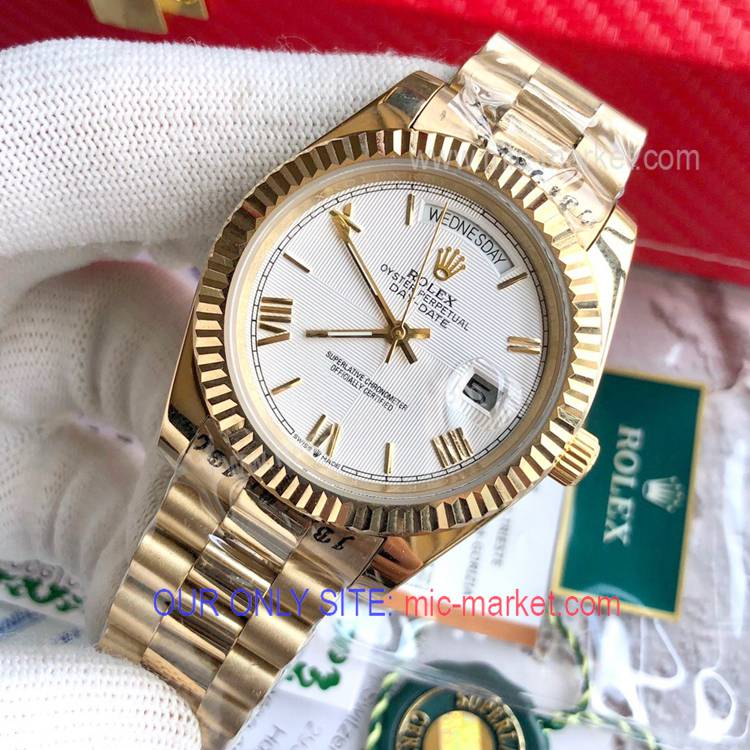 Rolex DayDate 40mm Replica Watch Yellow Gold White Face